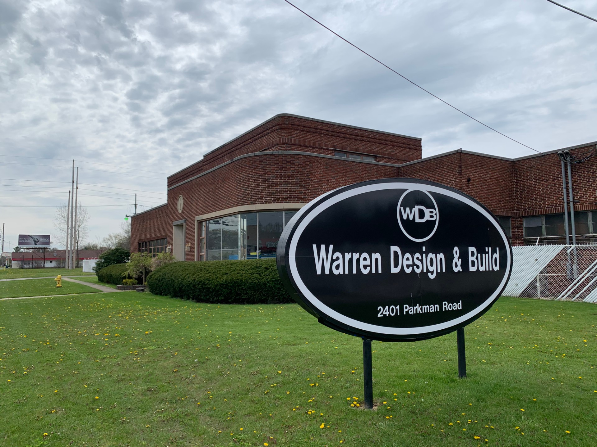 WARREN DESIGN & BUILD